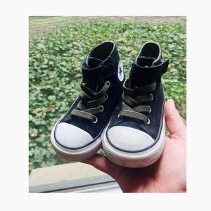 Converse Dinoverse Toddler 6 Velcro high tops